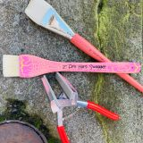 Signature Pro Hart Swagger Pink and Salmon Hog Hair Paintbrush, No.20 Interlocked Hog hair Paintbrush and Canvas Pliers